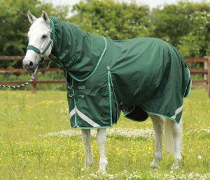 Couverture cheval mi saison